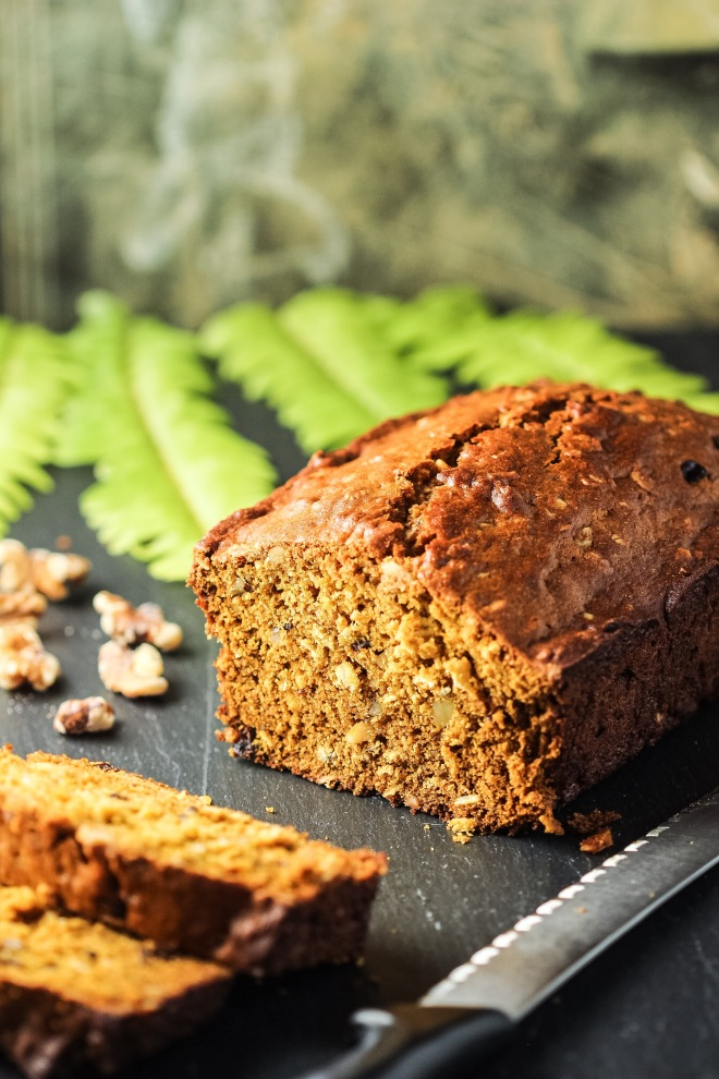 Pumpkin Oatmeal Bread with Walnuts and Cranberries