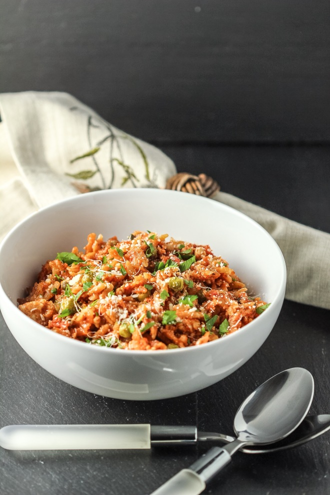 Baked Orzo with Chicken, Tomatoes and Peas